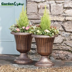 Garden Grow Set of Two Urn Planters Verdi